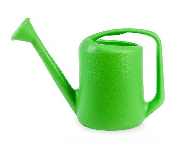 medium watering can